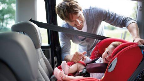 voyager en voiture avec Bébé