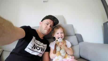 Sébastien, Papa Multi-style et fusionnel avec ses filles