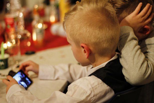 Pensé par les parents et Testés par les enfants - application contrôle parental tablette mobile smartphone