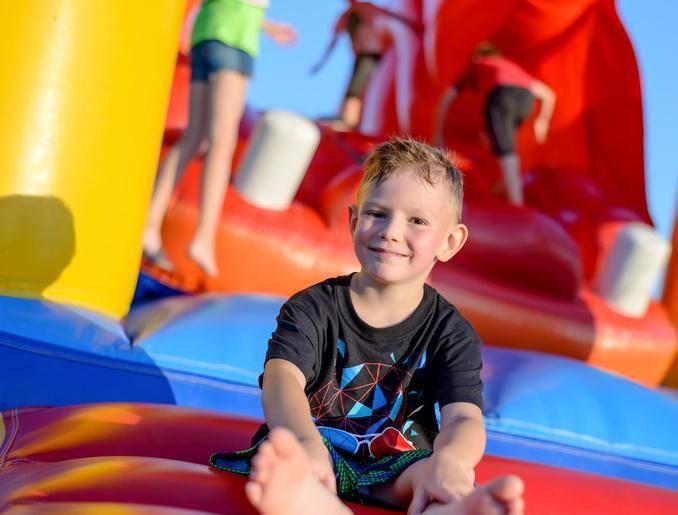 Les structures gonflables pour un anniversaire enfant réussi