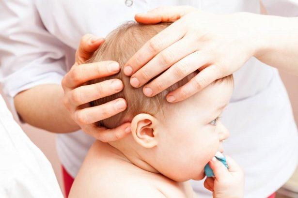 faire-osteopathie-bebe-pourquoi-crane